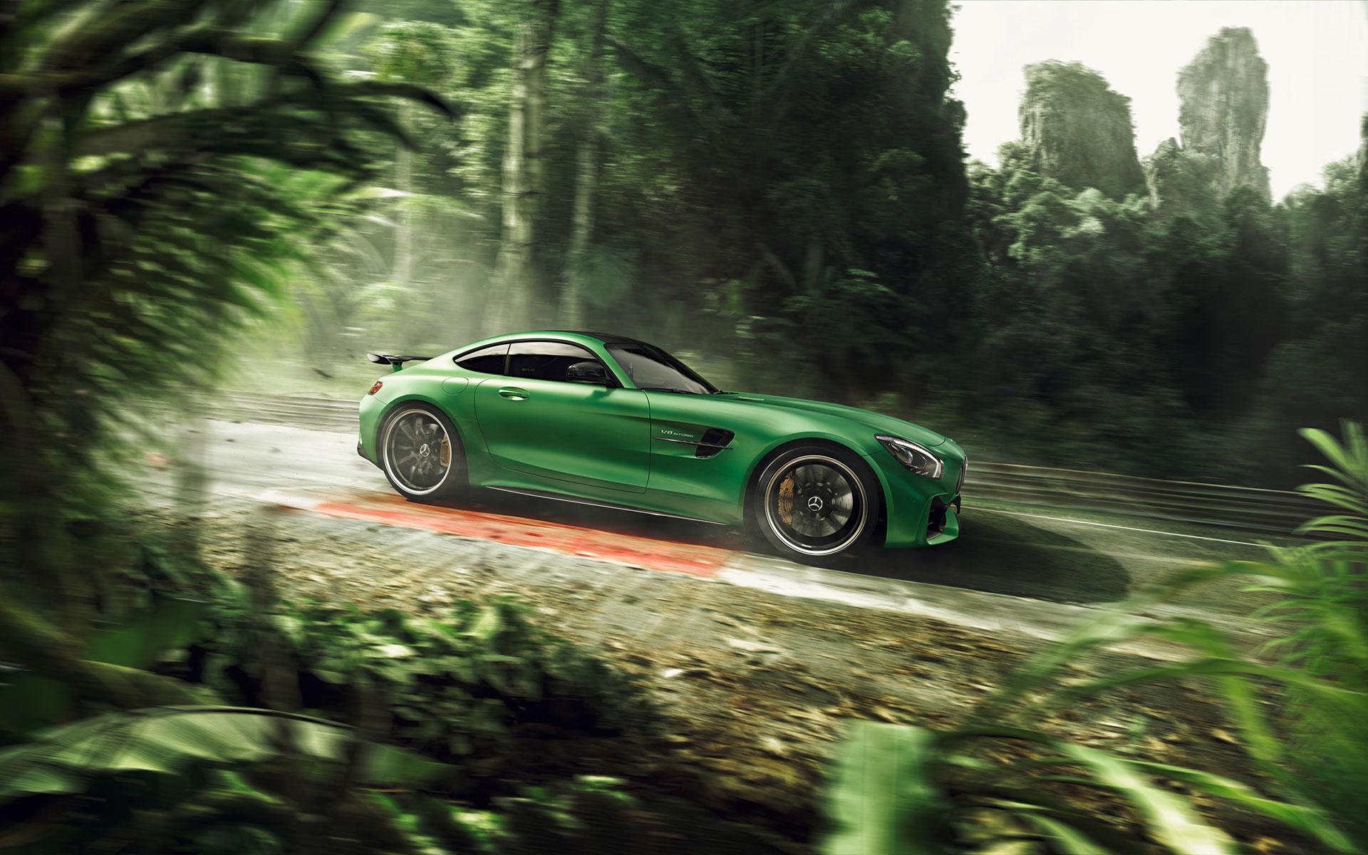 Mercedes Halm AMG-R